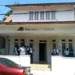 Vendedores de artesanía Protestan Frente a oficina de Turismo rechazan ser sacados del complejo hotelero de Playa Dorada