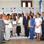 Artesanos de RD y de Haití reciben certificados como técnicos en diseño